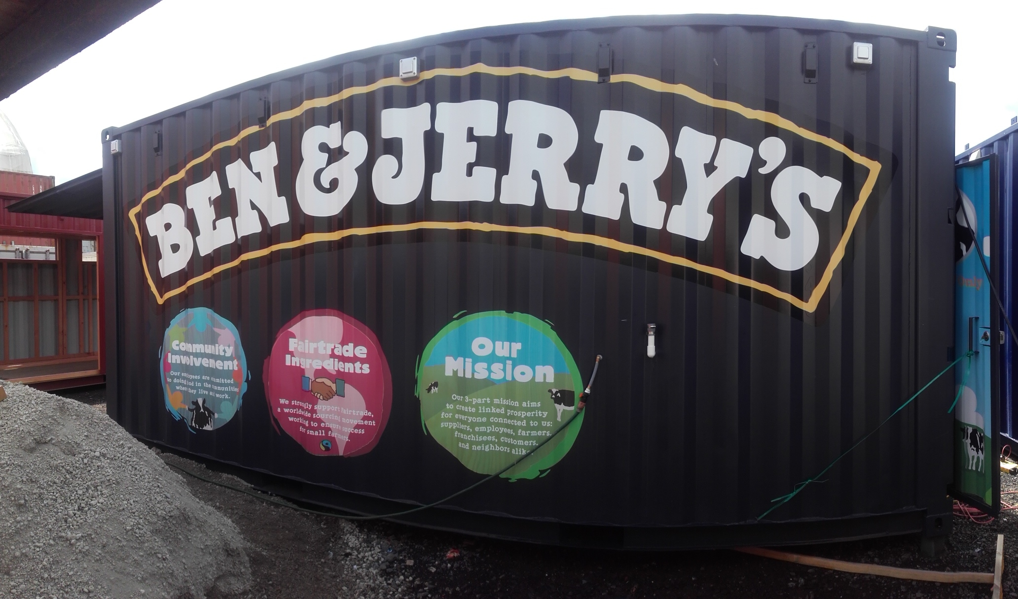 Ben & Jerry 20' transportable ice cream shop