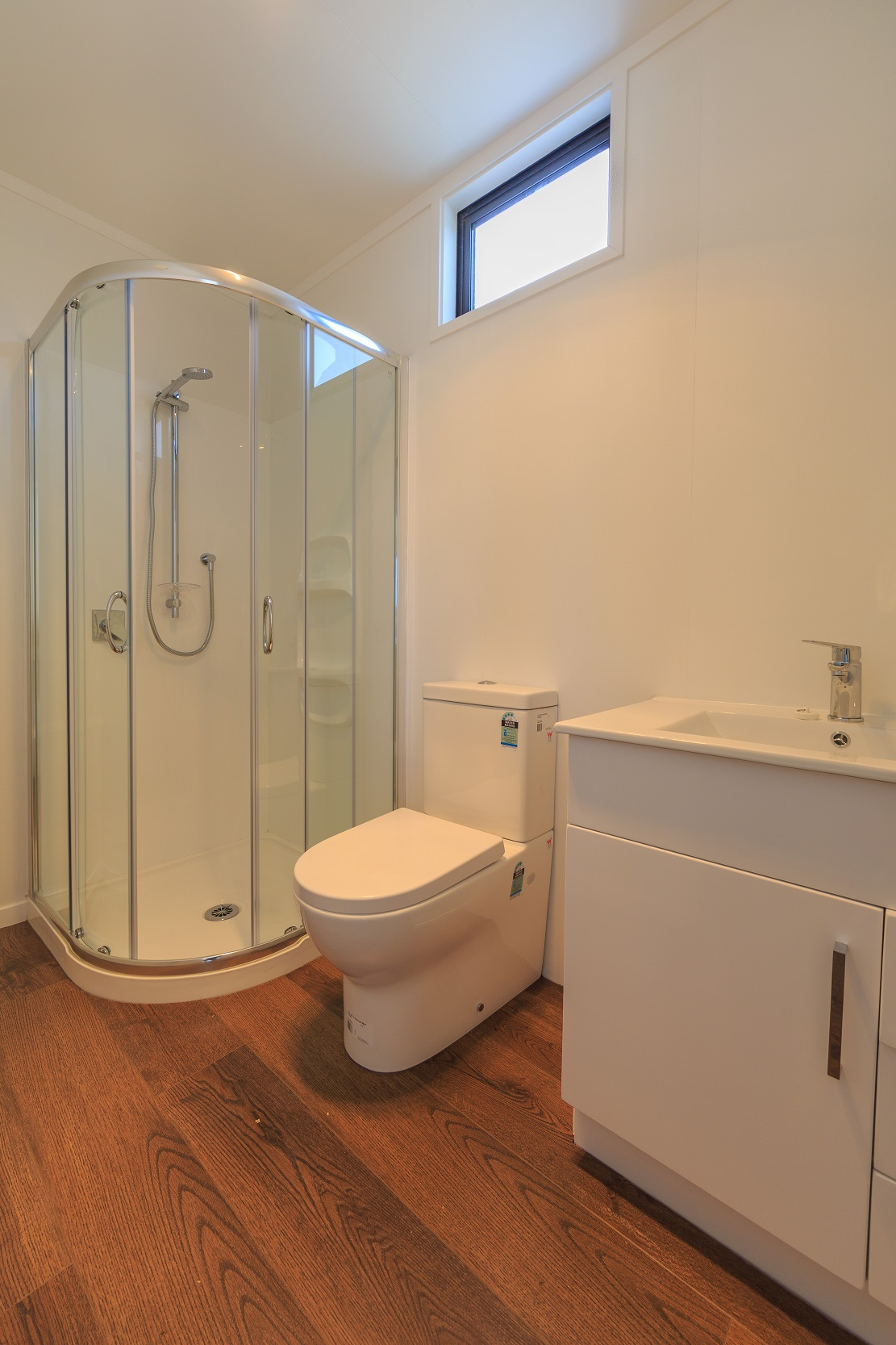 second bathroom,ensuite