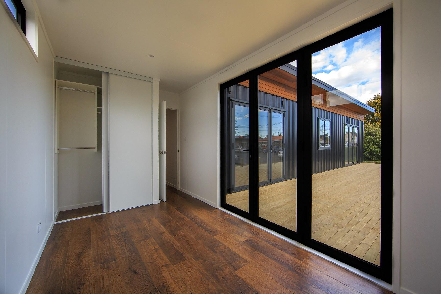 3rd bedroom opens onto deck